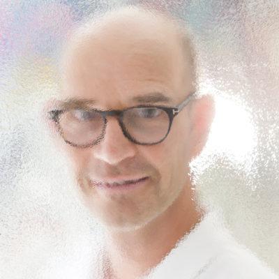 DR. CHRISTIAN LOHRER